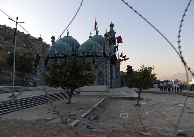 Uma mesquita xiita em Cabul depois de ataque contra muçulmanos xiitas, Afeganistão, outubro de 2016 (foto de arquivo)