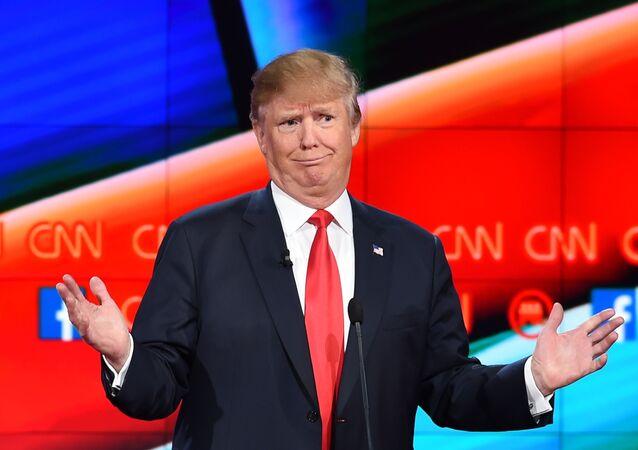 Candidato republicano à presidência dos EUA, homem de negócios Donald Trump, durante o debate presidencial do Partido Republicano, sediado pelo CNN