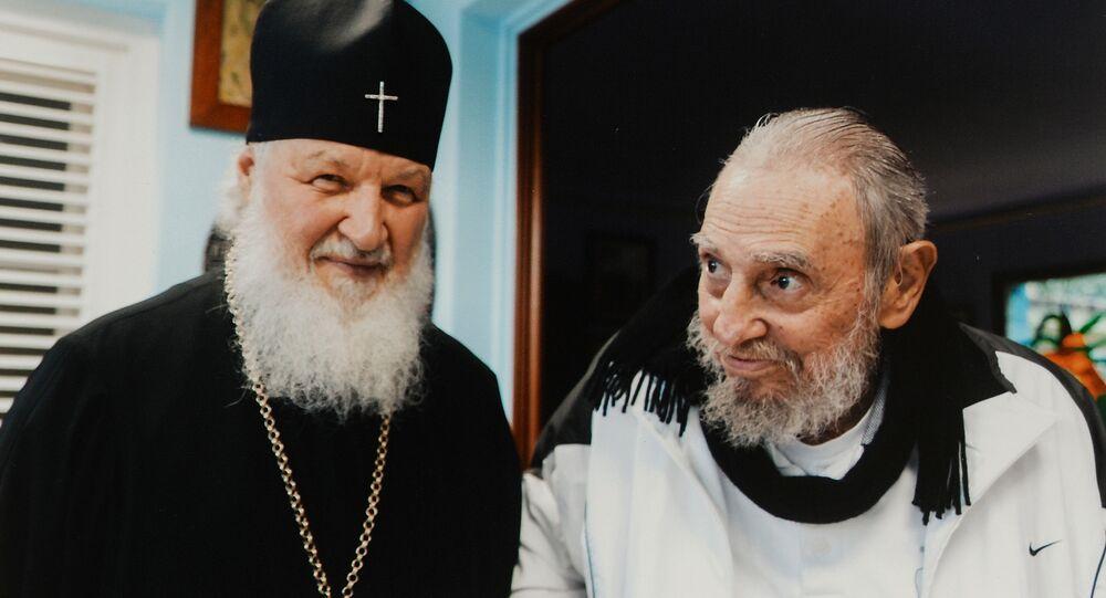 Patriarca de Moscou e de Todas as Rússias Kirill junto ao líder da Revolução Cubana Fidel Castro