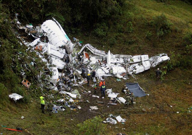 Imagem do local do acidente do avião da Chapecoense na Colômbia, 29 de novembro de 2016