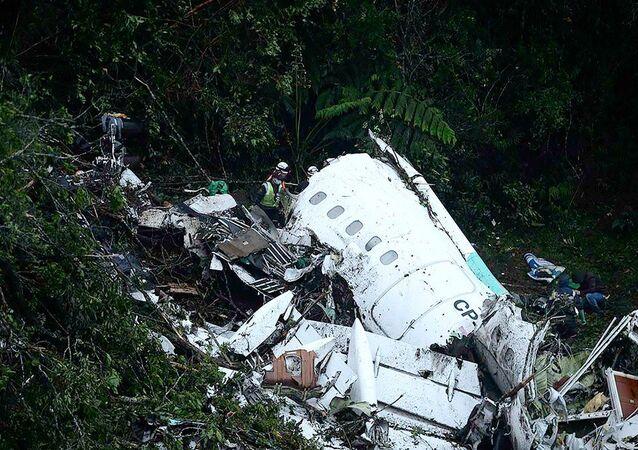 Destroços do avião  da LaMia, que caiu com a equipe da Chapecoense e jornalistas