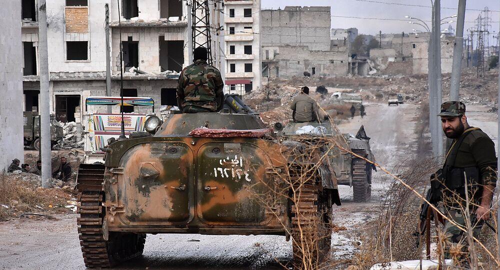 Tropas pró-governamentais da Síria na cidade de Aleppo, Síria, 2 de dezembro de 2016