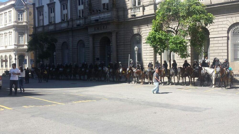 Regimento de polícia montada - 06/12/2016