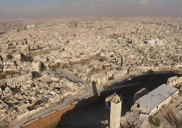 Drone mostra bairros de Aleppo libertados dos rebeldes armados
