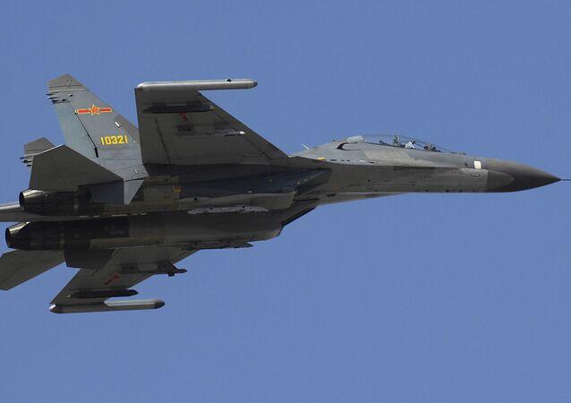 Avião militar chinês Jet Su-27 Flanker
