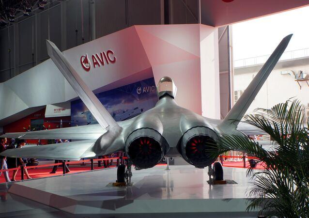 Caça FC-31 exibido na exposição Airshow China em Zhuhai, província de Guangdong, na China