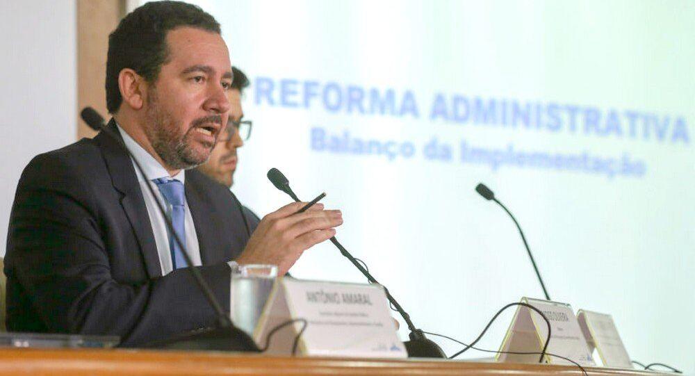 Ministro do Planejamento, Dyogo Oliveira durante coletiva sobre reforma administrativa