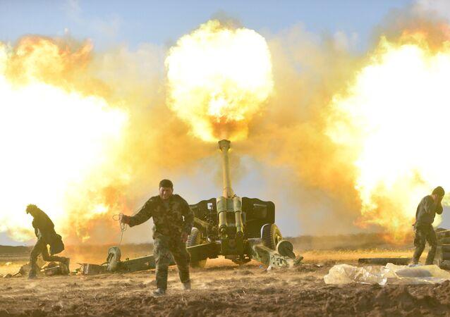 Combatentes xiitas durante a batalha de Mossul