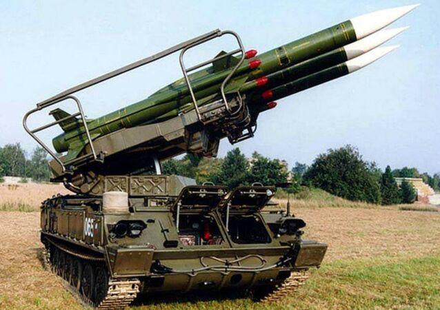 Sistema de defesa antiaérea russo ZRK 2K12 KUB (versão KVADRAT destinada à exportação)