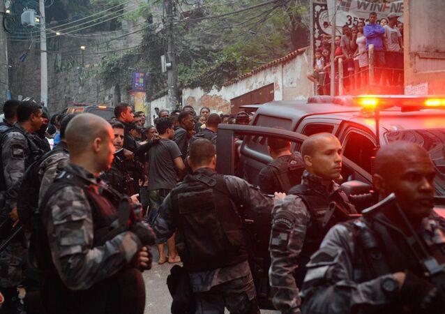 Agentes da Polícia Militar do Rio de Janeiro (arquivo)
