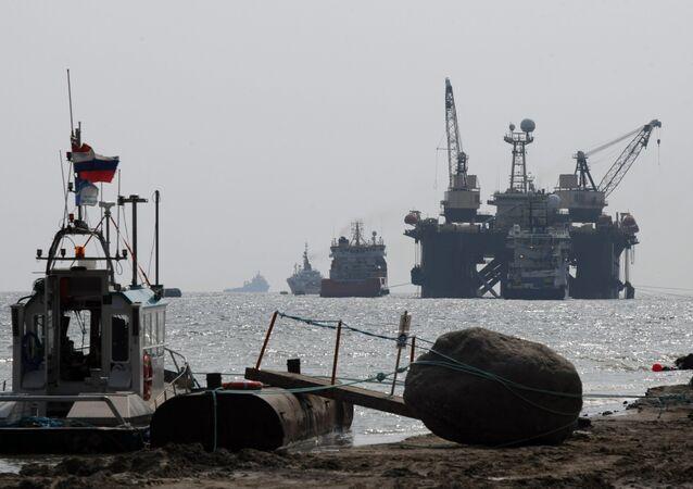 Embarcação Castoro Sei, envolvida na construção da segunda etapa do gasoduto Nord Stream