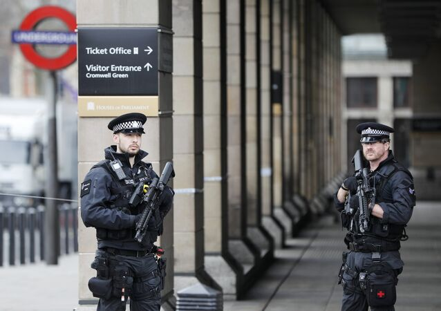 Agentes da polícia de Londres