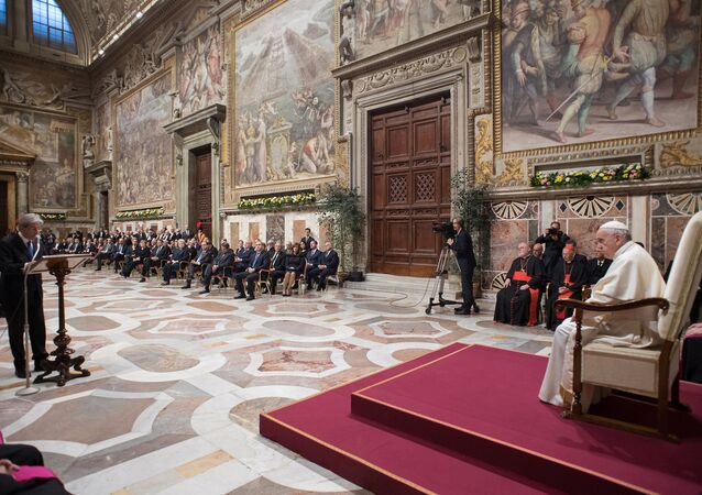 Papa Francisco recebe líderes europeus no Vaticano em cerimônia de comemoração pelos 60 anos da UE