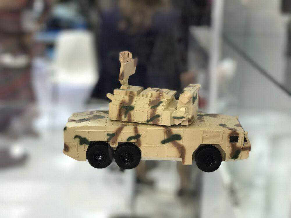 Maqueta de veículo blindado