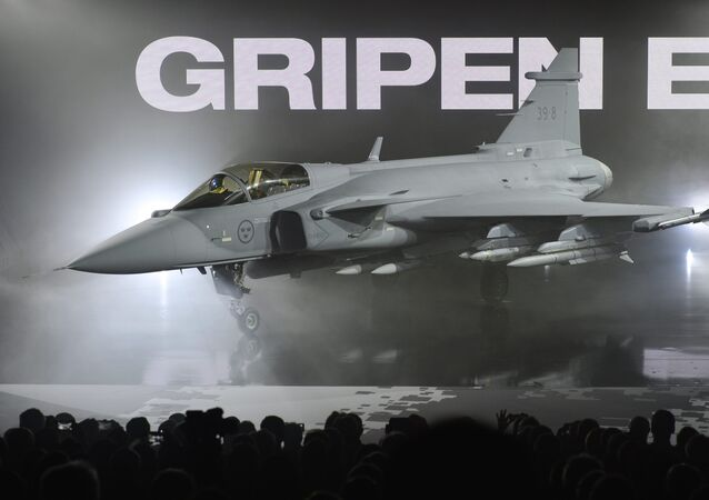 A nova versão E do caça sueco JAS 39 Gripen é apresentada na SAAB em Linkoping, em 18 de maio de 2017