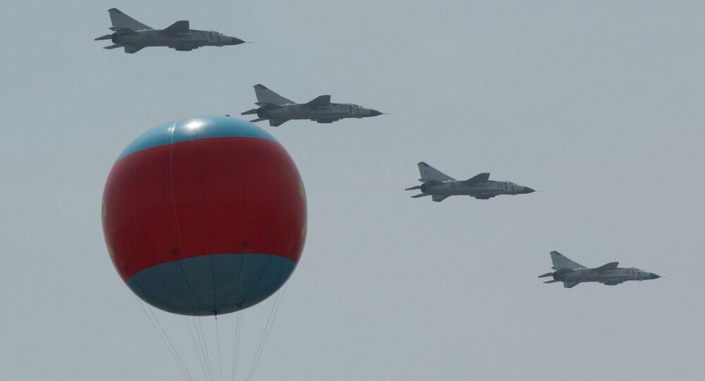 Aviões da Força Aérea norte-coreana no desfile militar do país, foto de arquivo