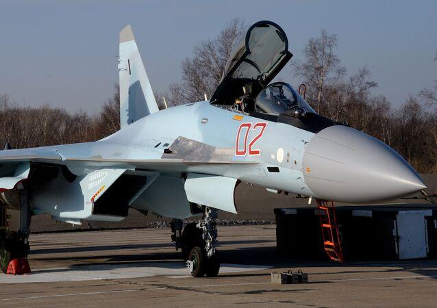 Caça russo Su-35S
