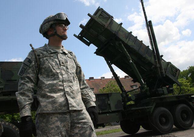 Uma bateria do sistema de defesa aérea dos EUA Patriot (foto de arquivo)