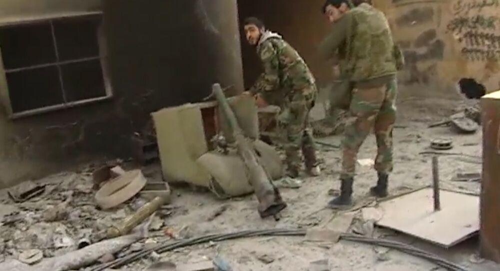 Exército sírio está combatendo Frente al-Nusra ao leste do Damasco