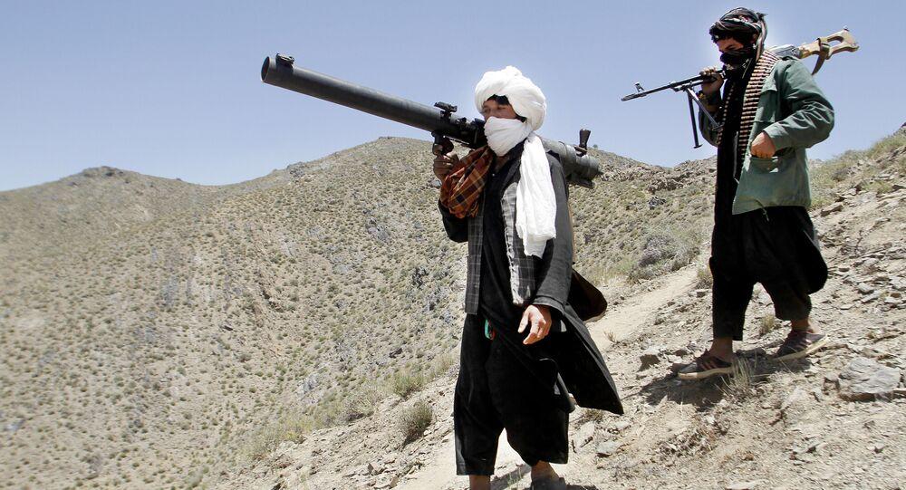 Membros do grupo radical Talibã (foto de arquivo).