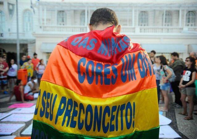 Imagem do ato contra a LGBTfobia e pela criminalização da homofobia, realizado no Rio de Janeiro
