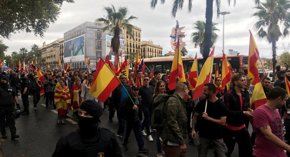 Manifestação em Barcelona contra a independência da Catalunha, em 1 de outubro de 2017