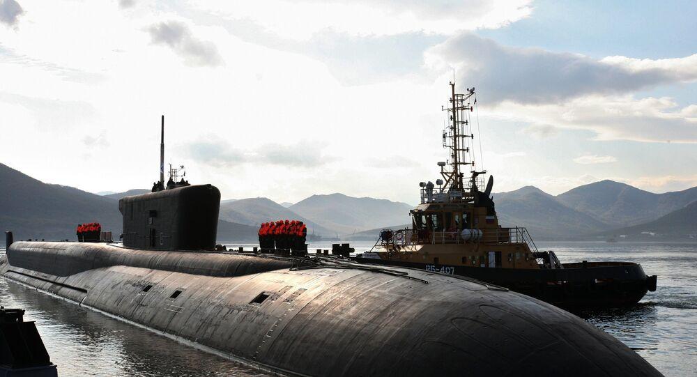 Submarino nuclear russo Vladimir Monomakh da classe Borei