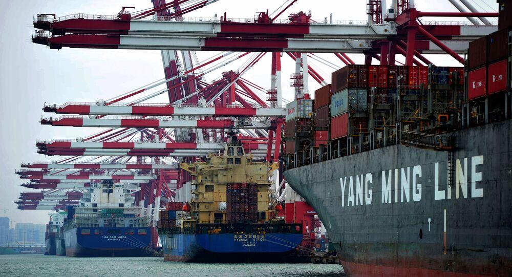 Comércio da China com os EUA aumentou 61,8% nos primeiros quatro meses deste ano em relação ao mesmo período de 2020
