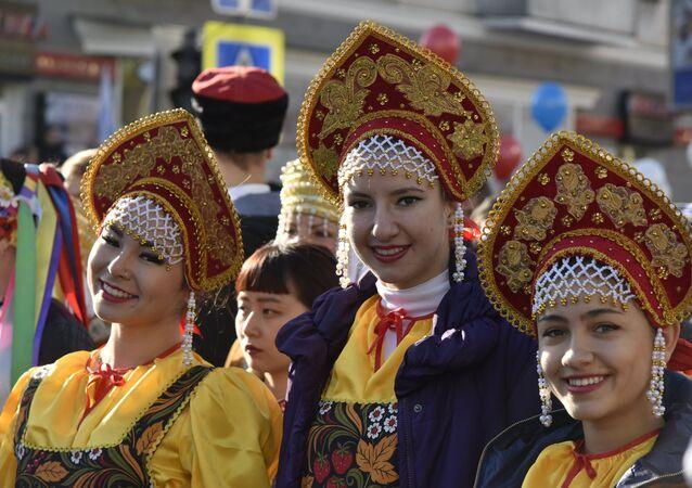 O Dia da Unidade Nacional nas regiões da Rússia
