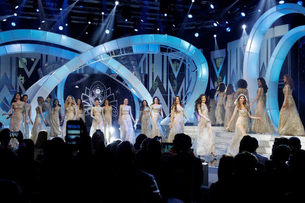 Participantes do concurso Miss Venezuela 2017 em Caracas, em 9 de novembro de 2017