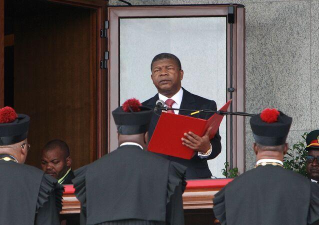 João Lourenço durante a cerimônia da sua posse como presidente de Angola, 26 de setembro de 2017