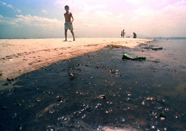 Vazamento de petróleo continua no topo dos riscos ambientais