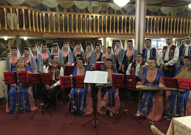 Grupo folclórico de música tradicional, Ani, no povoado armênio de Chaltyr, na Rússia
