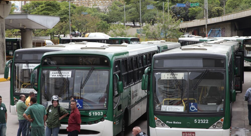 Motoristas de ônibus anunciam paralisação em São Paulo