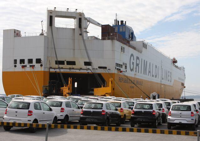 Exportação brasileira de veículos para o Paraguai cresceu 236% de janeiro a outubro deste ano